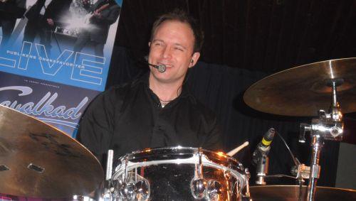 Mackan - Trummis i bandet. Snyggt namn föresten