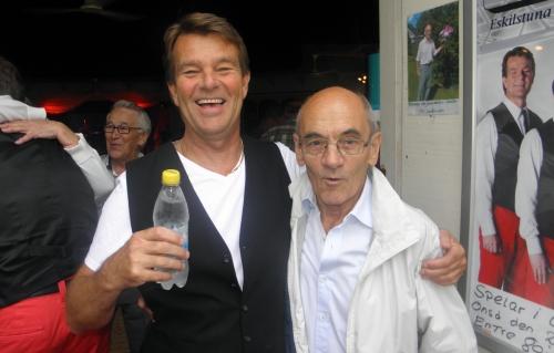 Peter och arrangören Manne