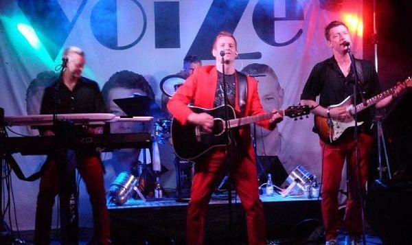 Voize live. Bild lånad från bandets hemsida