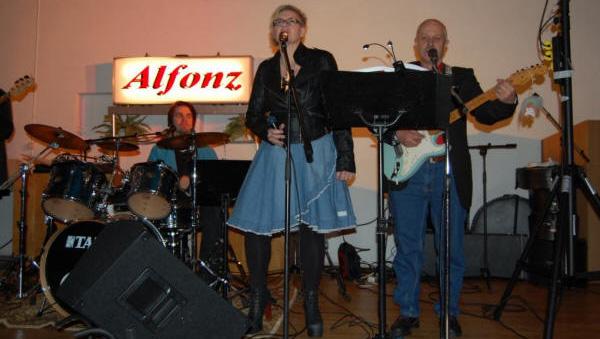 Scenbild med Alfonz orkester