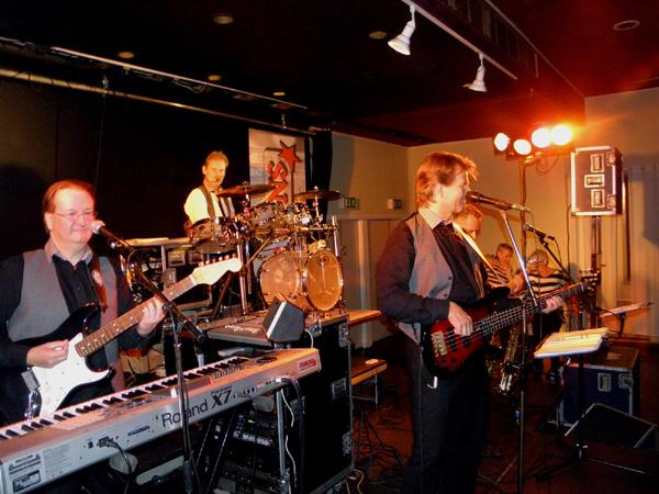 Bandet in action