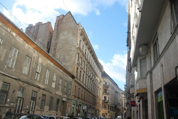Gata och byggnader i Budapest