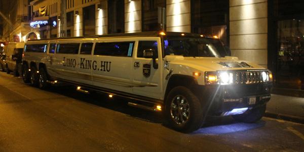 Limousinen som skulle ta oss till restaurangen