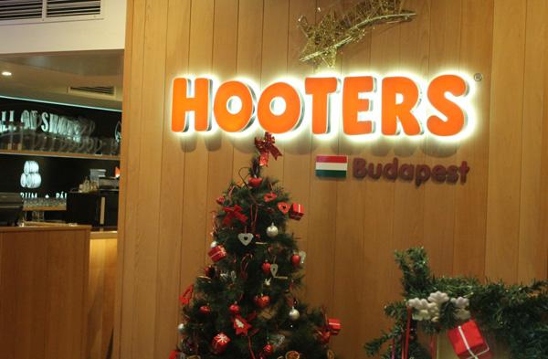 Hooters Restaurang
