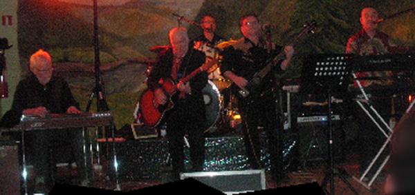 West Lights live på scenen