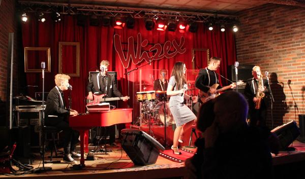 Wizex på scenen