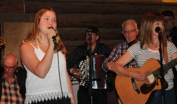 Otroligt duktig tjej som sjöng
