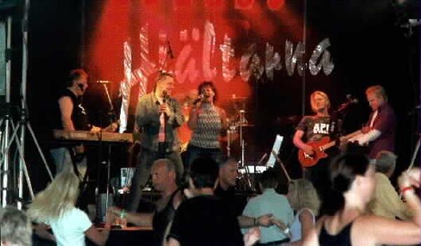 Hjältarna på scenen