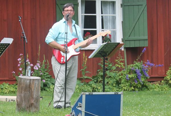 Den duktige gitarristen Davey Barnes