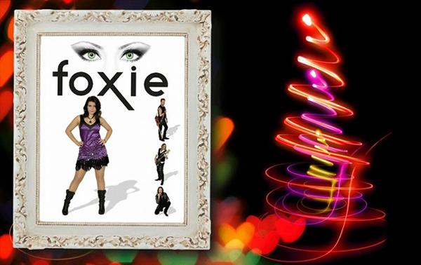 Julhälsningar från Foxie