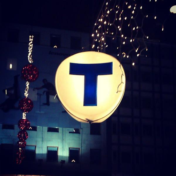 Den klassiska symbolen för tunnelbanan